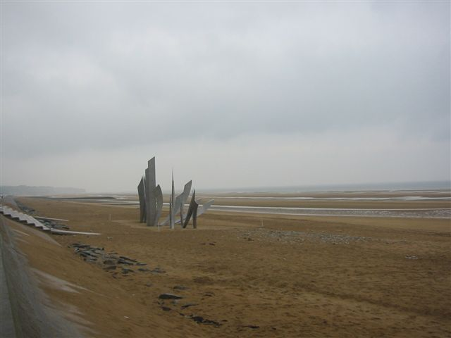 Omaha Beach, June 2004, les Braves