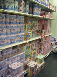 Pink_toilet_paper_2