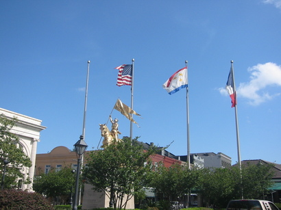 French_quarter_french_flags_and_joan_of__2