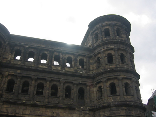 Trier, Porta Nigra looking up