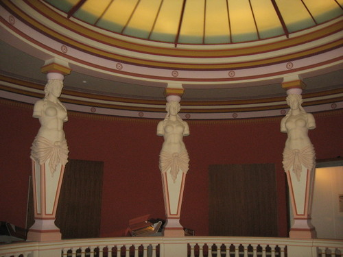 Musee_guimet_rotunda_2nd_floor