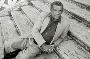 Derek_walcott_by_cultphoto_at_flick