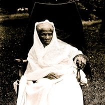 Harriet_tubman_in_white