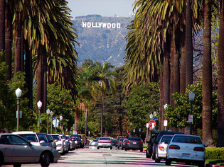 Hollywood_by_anicecupoftea_2