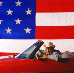 Hunter_thompson_in_car_w_flag